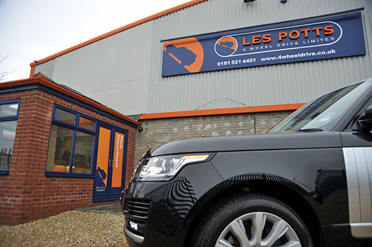 Les Potts Genuine Range Rover Parts Delivery